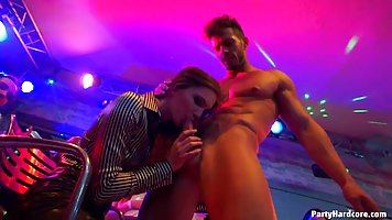 Kinky girl is giving a nice hanjob and a blowjob to a horny ...