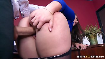 Horny secretary, Lola Foxx is getting her boss's large cock ...