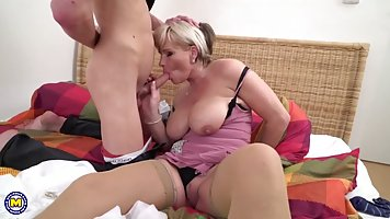 Amazing blonde mature with big tits, Margaux got down and di...