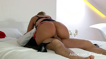 Curvaceous, blonde MILF got a massive creampie on her big ti...