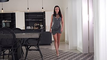 Great looking brunette with tiny tits, Jasmine Jazz got comp...
