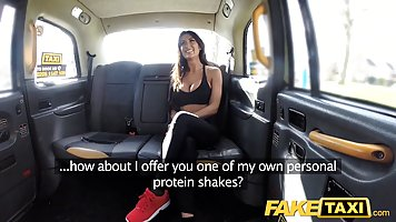 Fit brunette with big boobs fell for a taxi driver and could...