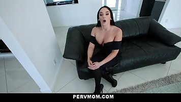 Hot brunette milf took off her clothes and fucked her lover ...