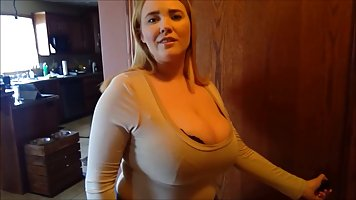 Voluptuous blonde lady with massive tits is in the mood to m...