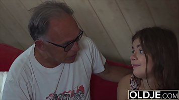 Teen slut and a grandpa from her neighborhood are often havi...