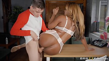 Black babe with big tits got down and dirty with Jordi, beca...