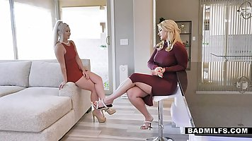 Horny blonde mommy is giving free sex lessons to her step- d...