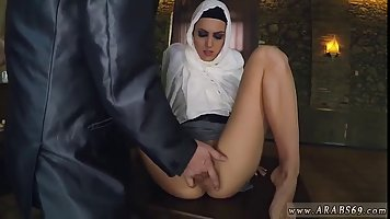 Hungry Arab girl is getting fucked in her smooth pussy, whil...
