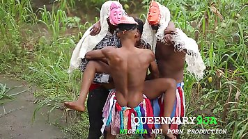 African babe is moaning while getting nailed in the nature, ...