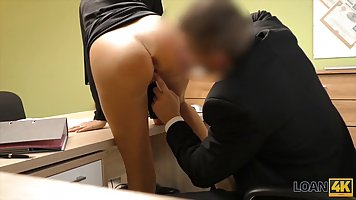 Beautiful blonde woman knows that she can get a big loan if ...