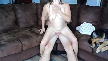 Maggie is fucking her lover on the couch and enjoying every ...