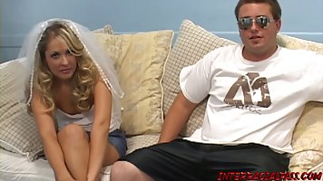 Instead of getting married, Chelsie Rae is sucking a big, bl...