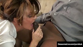 Deauxma is a big titted, Caucasian mature who has a thing fo...