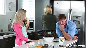 Naughty blonde is getting fucked in the kitchen and enjoying...