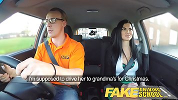 Brunette wanted to fuck her driving teacher in the car, unti...