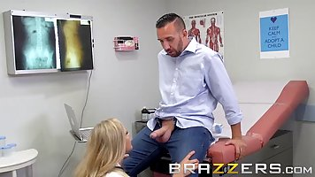 Great looking blonde doctor with big tits is having steamy s...