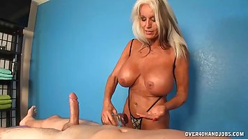 Busty blonde milf can not stop rubbing her client's...